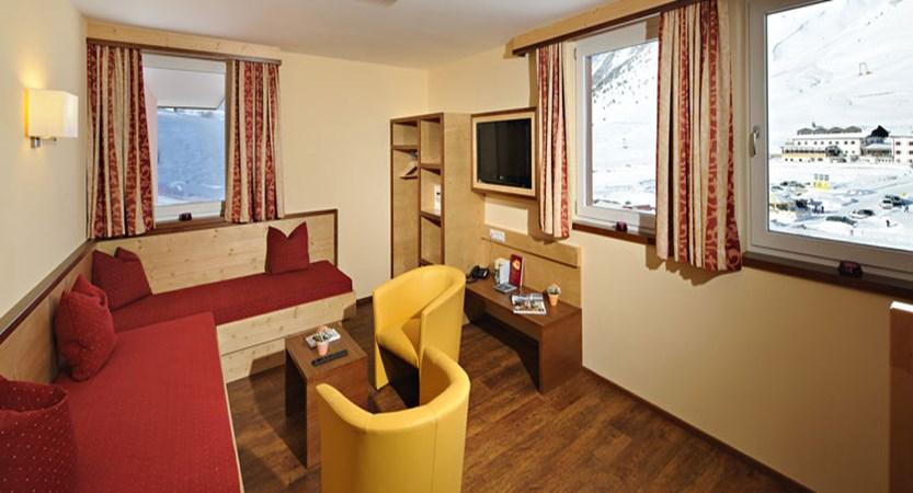 austria_kuhtai_hotel-alpenrose_living-room.jpg