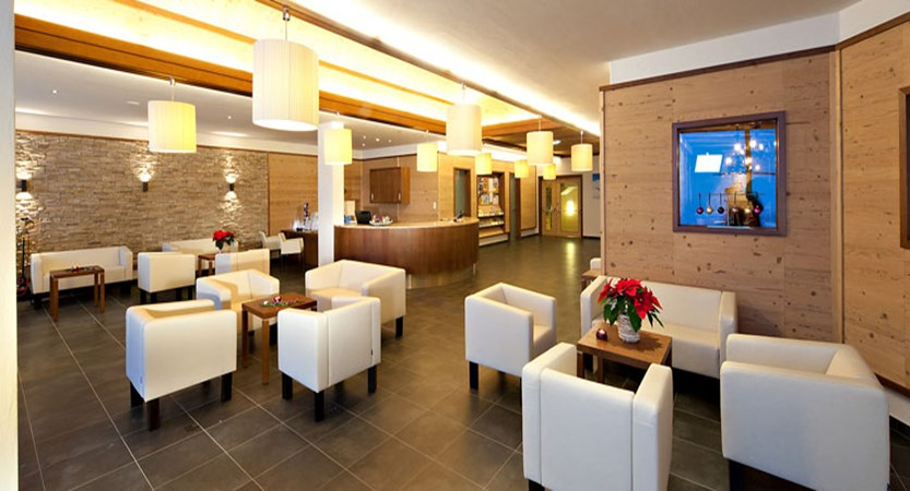 austria_kuhtai_hotel-alpenrose_lobby-lounge.jpg