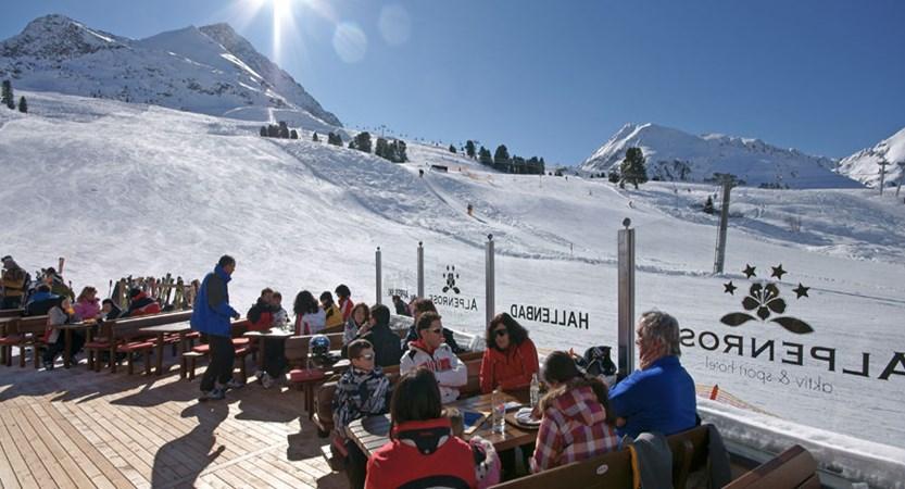 Austria_Kuhtai_Hotel-Alpenrose_Terrace-winter.jpg