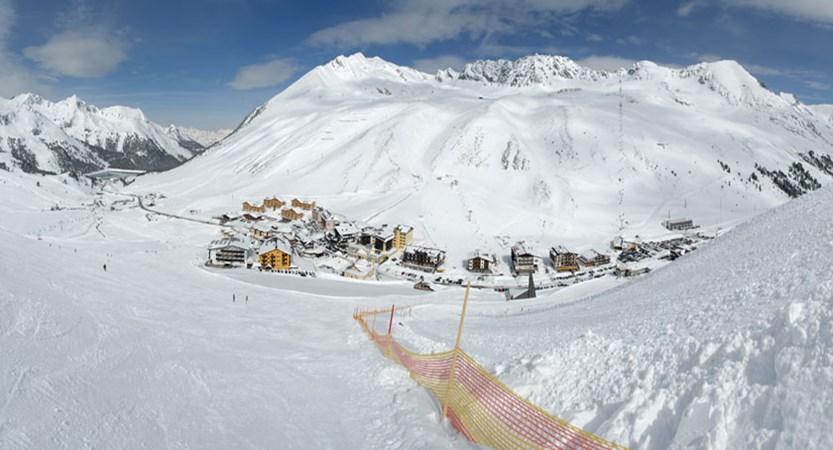 austria_kuhtai_resort-view.jpg