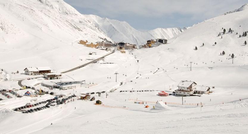 austria_kuhtai_resort-view2.jpg