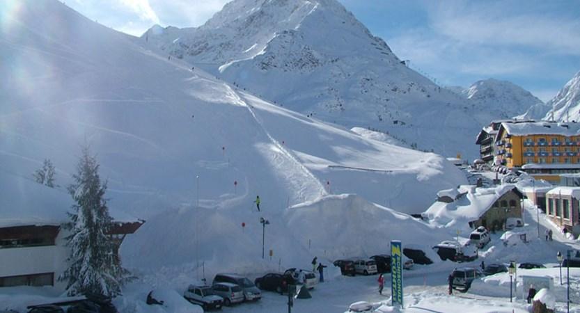 austria_kuhtai_resort-view3.jpg