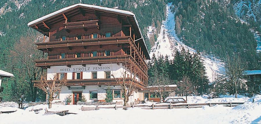 Austria_Mayrhofen_hotel_strolz_exterior.jpg