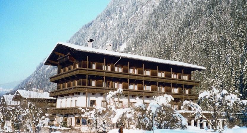 Austria_Mayrhofen_hotel_strolz_side exterior.jpg