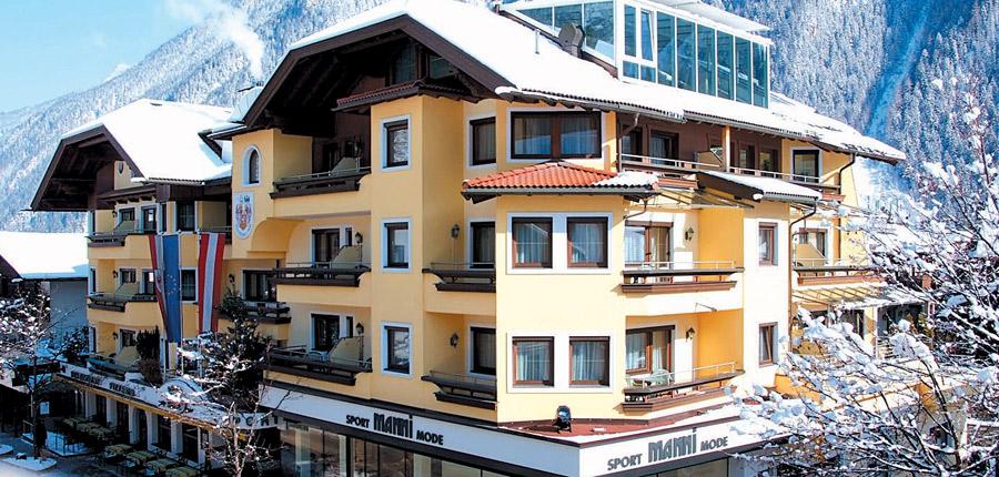 Austria_Mayrhofen_Sporthotel-Mannis_Exterior-winter.jpg