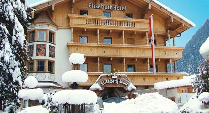 Austria_Mayrhofen_Elisabeth-Hotel_Exterior-winter.jpg