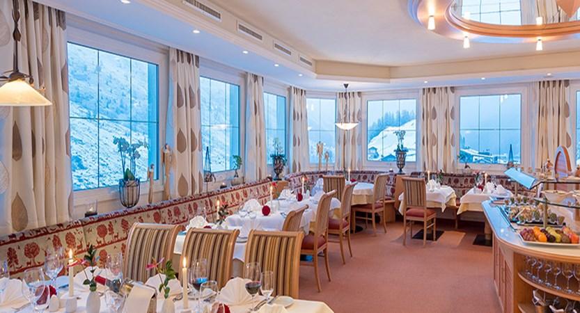 Austria_Obergurgl_Hotel_Olympia_Restaurant.jpg