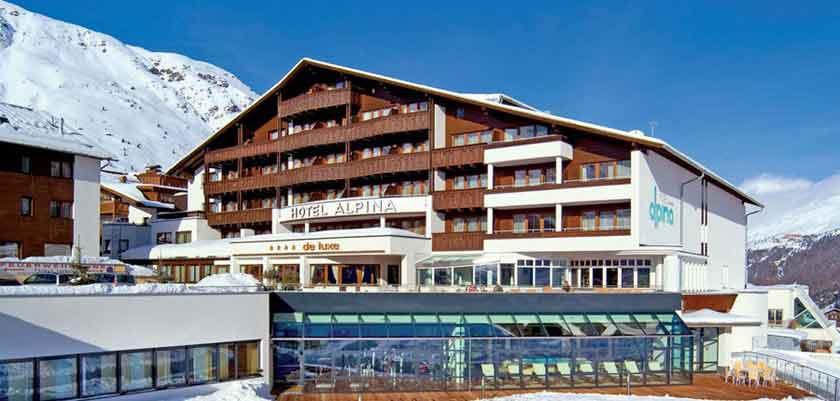 Austria_Obergurgl_Hotel_Alpina_exterior.jpg