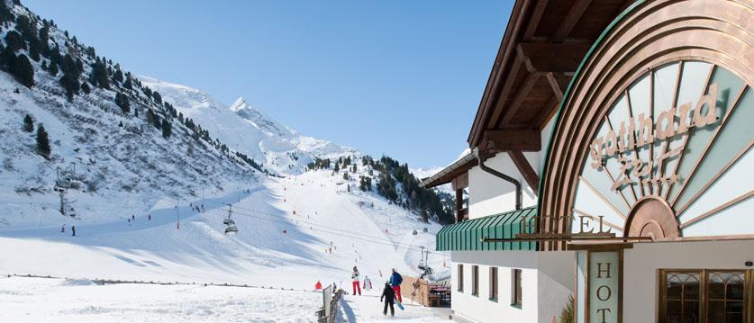 Austria_Obergurgl_Hotel-Gottard_Exterior-winter.jpg