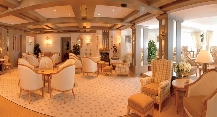 Austria_Obergurgl_Hotel-Gottard_lounge.jpg