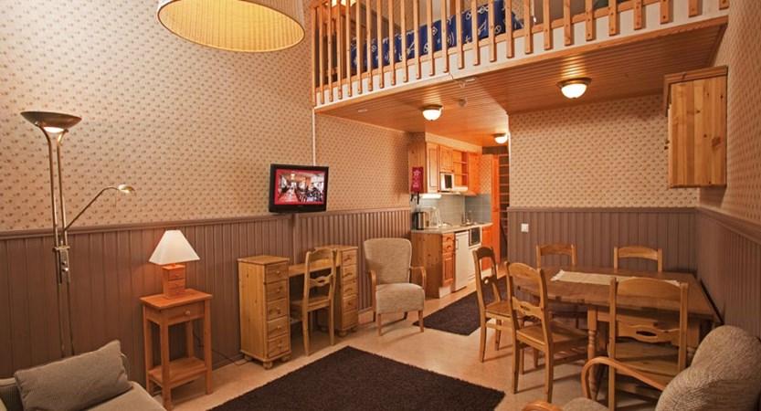 Crazy_Reindeer_Hotel_4_room_Luxury_Suite.jpg