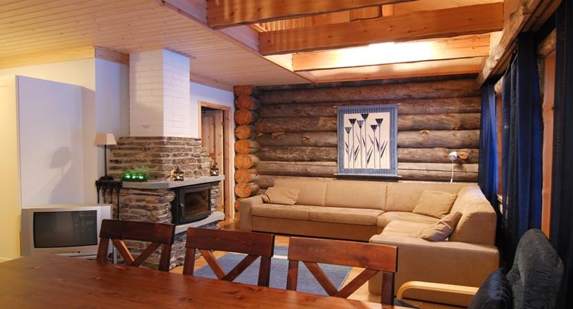 Lapland_Ylläs_Log_Cabins_Kukasrakka_Lounge.jpg