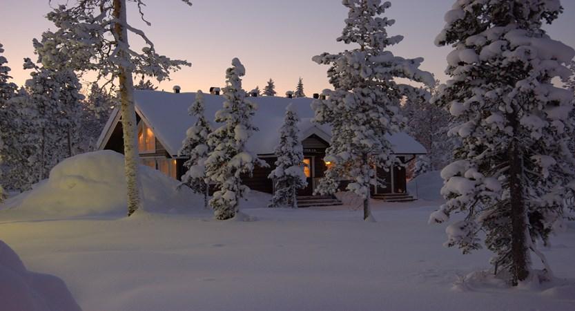 Lapland_Ylläs_Log_Cabins_exteriors.jpg