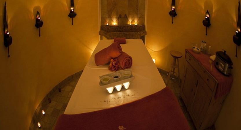 Austria_Obergurgl_Hotel-Edelweiss-Gurgl-massage-room.jpg