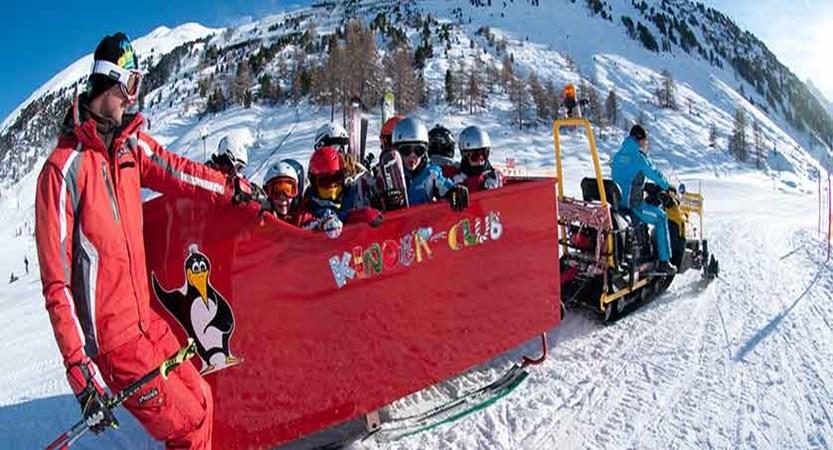 Austria_Obergurgl_Kinder_club.jpg