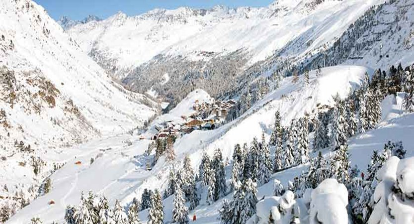 Austria_Obergurgl_winter_view.jpg