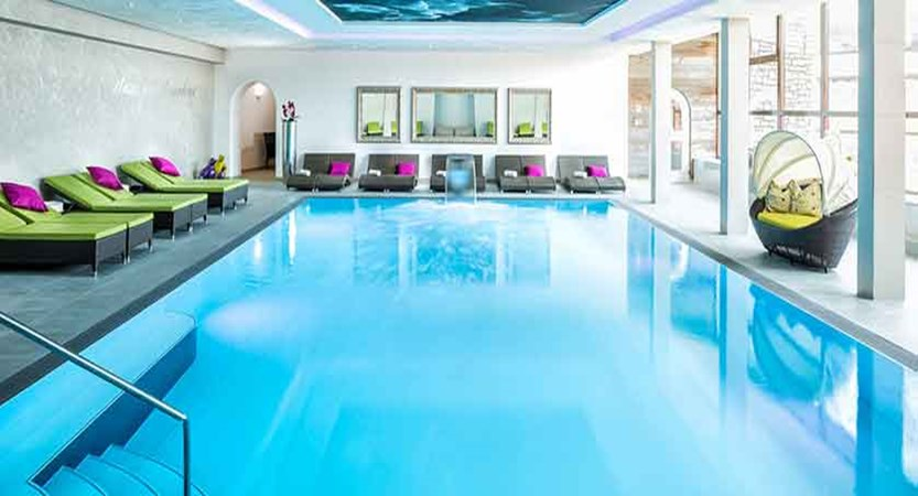 Austria_Obertauern_Hotel-Kohlmayr-Royal_indoor-pool.jpg