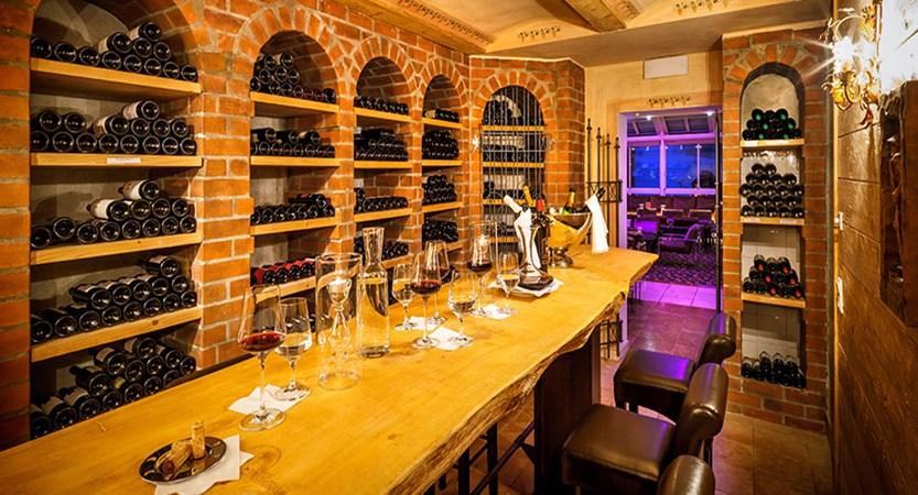 Austria_Obertauern_Hotel_Marietta_wine_cellar.jpg