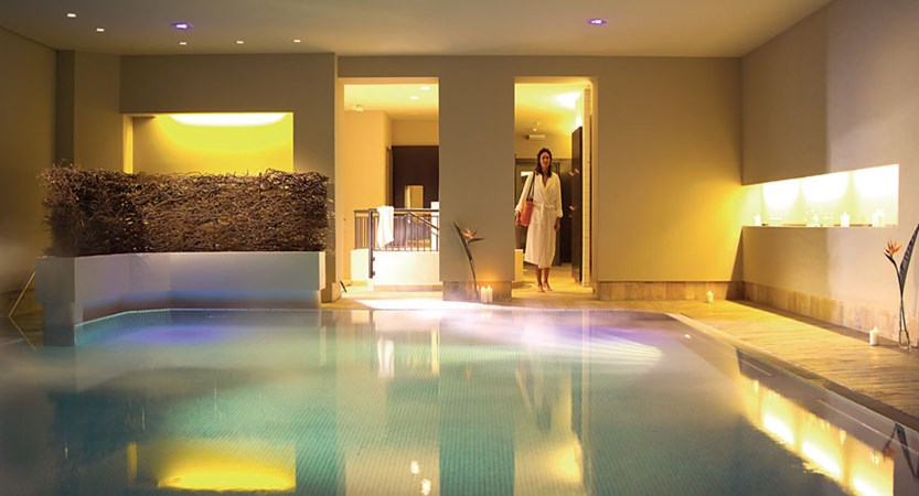 Austria_Hinterglemm_Gardenhotel-Theresia_Indoor-pool.jpg