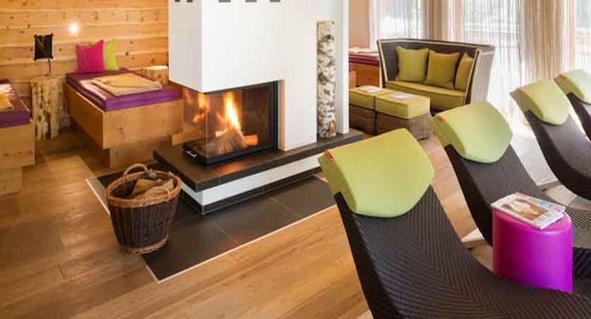 austria_saalbach_hotel-sonne_lounge.jpg