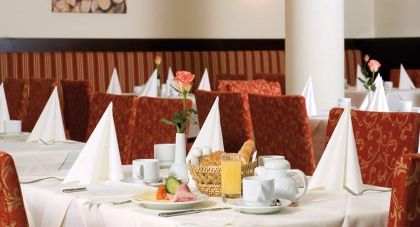 austria_fieberbrunn_austria-trend-hotel-alpine-resort_restaurant.jpg