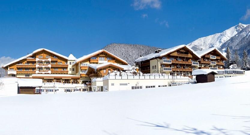 Austria_Seefeld_Family-resort-Alpenpark_Exterior-winter.jpg