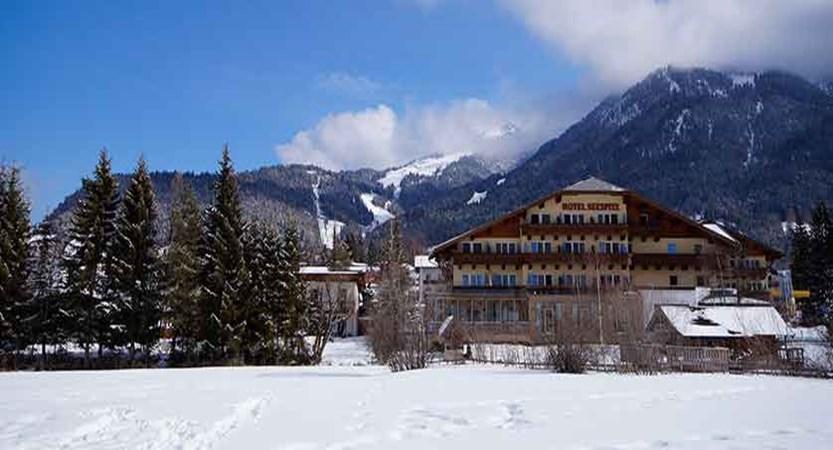 Austria_Seefeld_Hotel-Seespitz_Exterior-winter.jpg