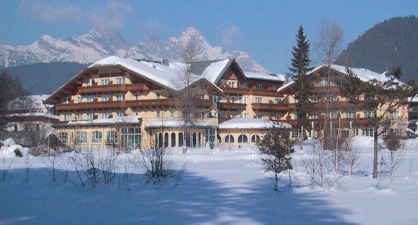 Austria_Seefeld_Hotel-Seespitz_Exterior-winter2.jpg