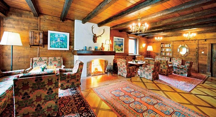 Austria_Seefeld_Karwendelhof_lounge.jpg