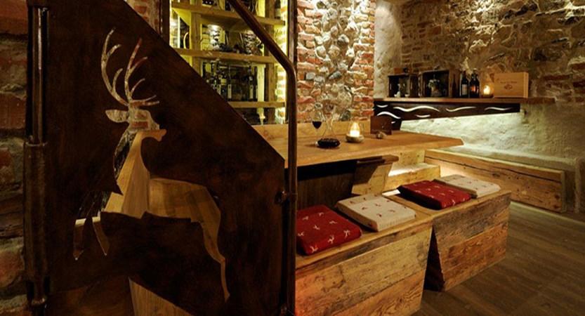 Austria_Seefeld_Krumers_Post_wine_cellar.jpg