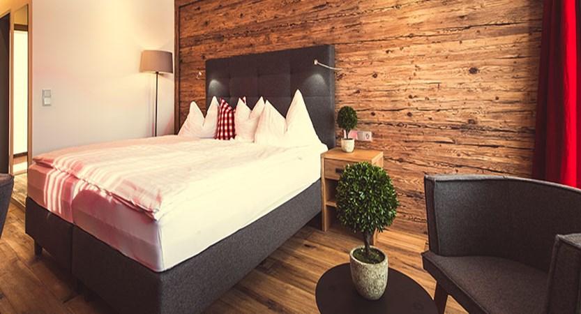 Austria_Oberau_Gasthof_Kellerwirt_bedroom2.jpg