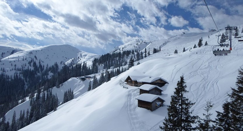 austria_the-ski-juwel-area_oberau_resort-view.jpg