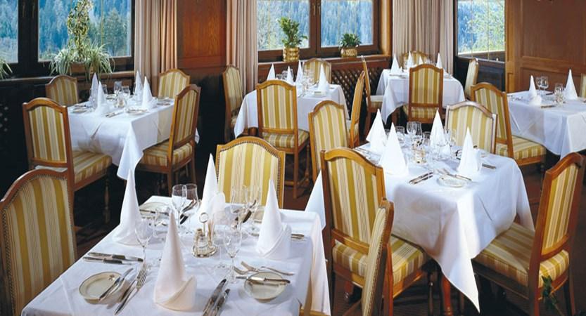 Austria_Alpbach_Hotel-Alpbacherhof_Dining-room.jpg