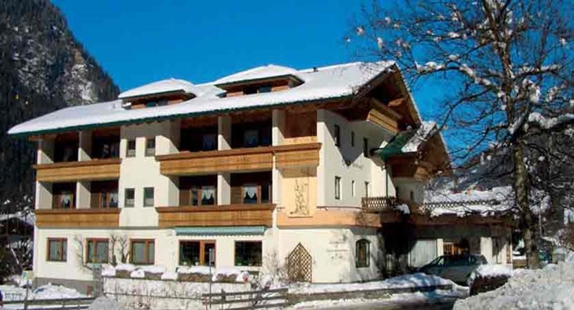 Austria_Niederau_Hotel_harfenwurt _snowhouse.jpg