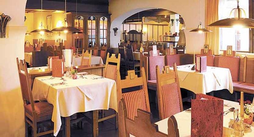 Austria_Ellmau_Hotel-Hochfilzer_Dining-room.jpg