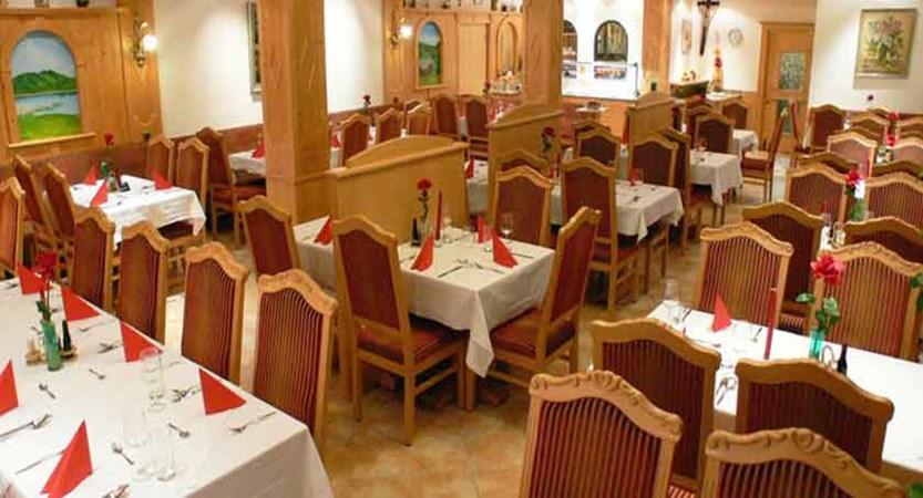 Austria_Westendorf_Hotel-Briem_Restaurant.jpg