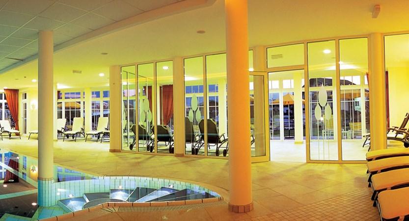 Austria_Westendorf_Hotel_Schermer_indoorPool.jpg