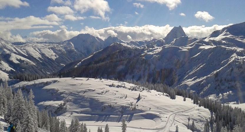 austria_ski-welt-ski-area_westendorf_sun-snow.jpg