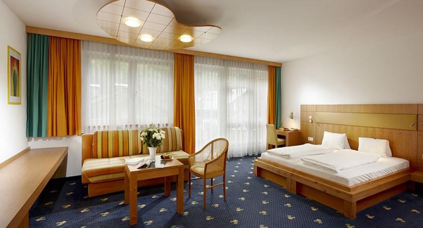 Austria_Zell-am-see_Hotel_Waldhof_bedroom.jpg
