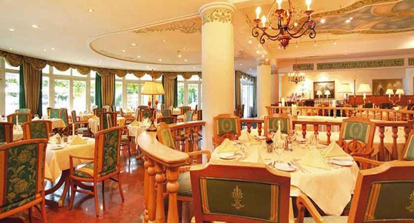 Austria_Zell-am-See_hotel-Grand_Dining-room.jpg
