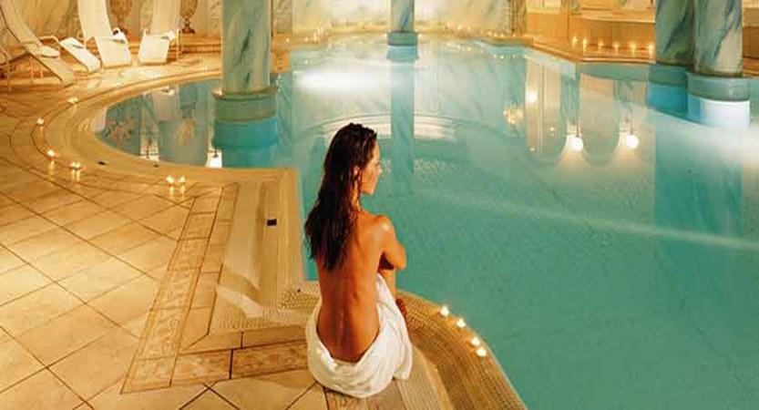 Austria_Zell-am-See_hotel-Grand_indoor-pool.jpg