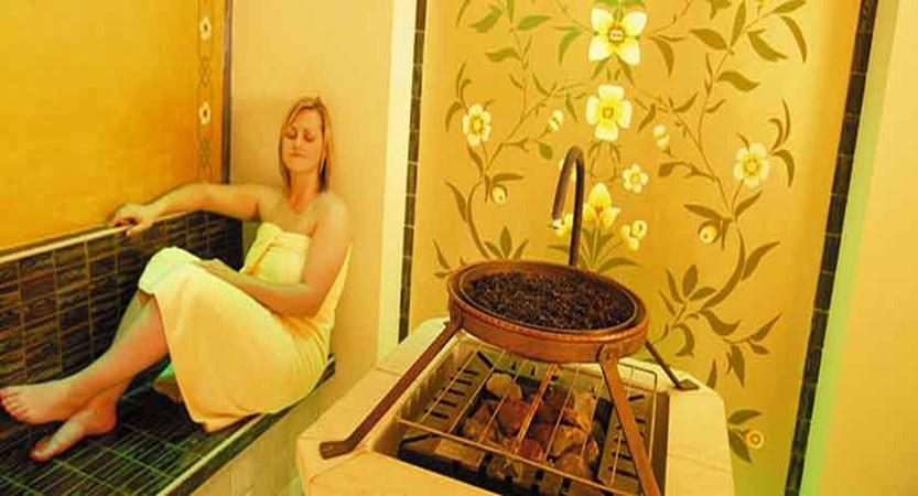 Austria_Zell-am-See_hotel-Grand_Sauna.jpg