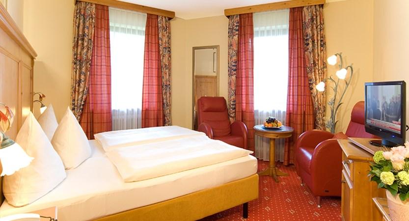 Hotel Kronprinz, bedroom, Berchtesgaden, Germany.jpg