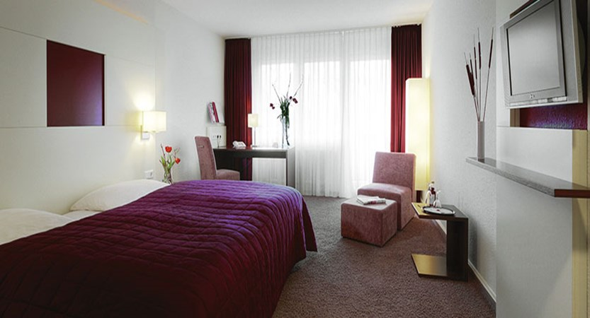 Ganter Hotel Mohren, 'comfort double type-B' bedroom, Lake Constance, Germany.jpg