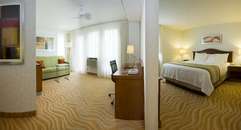 canada_montreal_marriot_spring_hill_suites_bedroom_suite.jpg