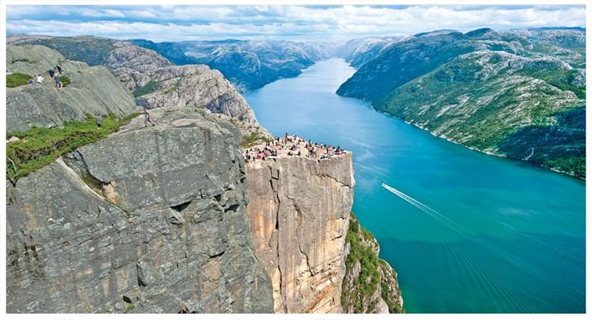Stavanger-to-hardanger-discovery.jpg