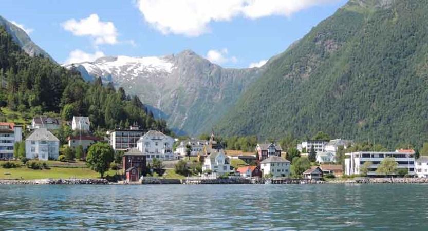 Fjord, Balestrand.jpg