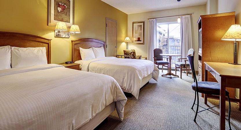 Canada Big 3 Ski Area Banff Inn 2 bed bedroom