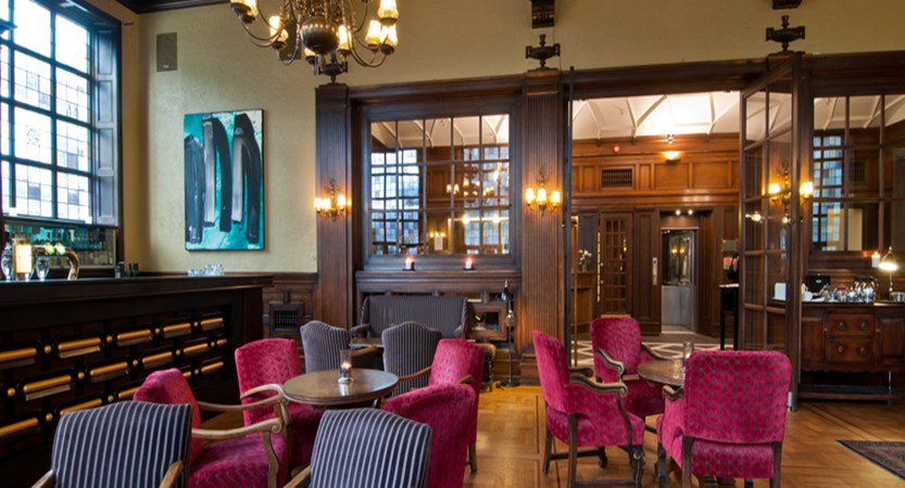 Grand Hotel Terminus, Bergen, Norway - bar, lounge.jpg