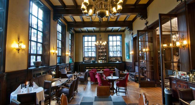 Grand Hotel Terminus, Bergen, Norway - lounge and bar.jpg